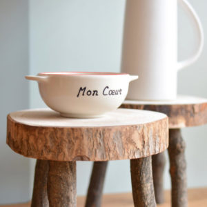 Tabouret en bois brut