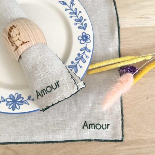 Set de table bourdon avec message